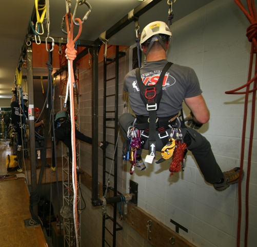 Level I | Rope Access & SPRAT Certification | Working at Heights ...